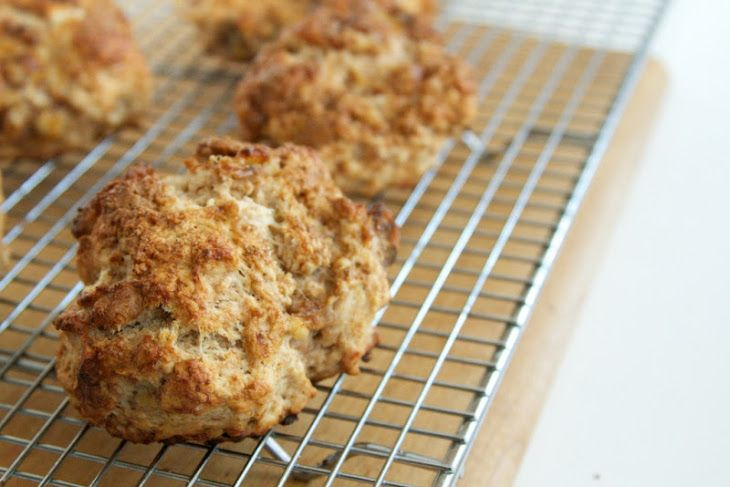 Banana Walnut Scones | Breakfast! Oh yum! | Pinterest