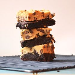Brownies topped with cookie dough - Yum | DESSERTS & SWEETS | Pintere ...