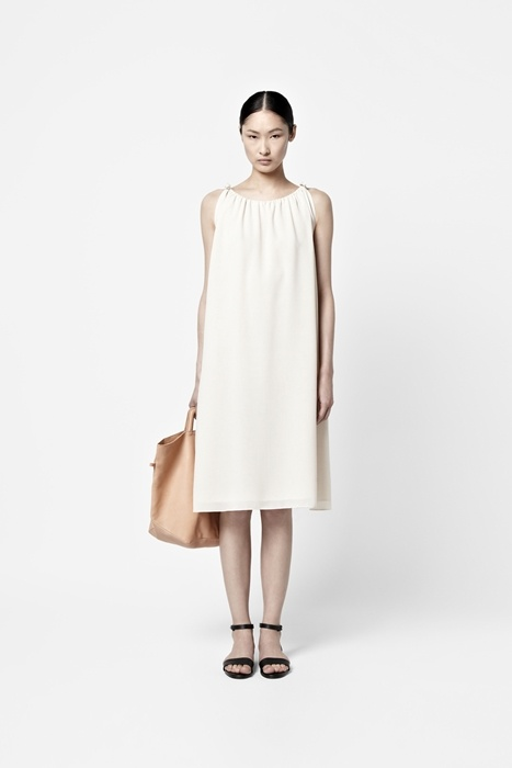 Drawstring neck dress by COSS