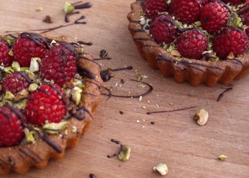 brown butter pistachio raspberry tarts | Culinary, Sweet | Pinterest