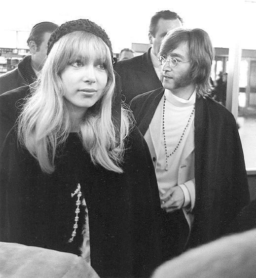 Heading to India 1968 John Lennon, Pattie Boyd