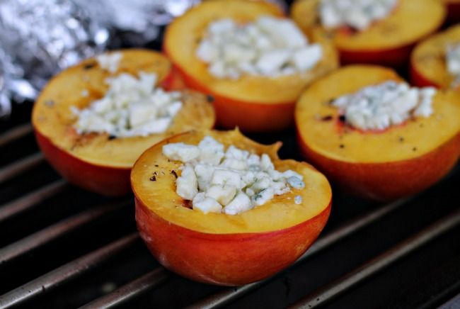 grilled nectarines with blue cheese, honey & pepper
