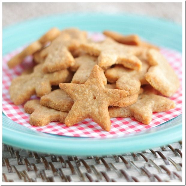 Crackers made with whole wheat & cheddar | Bread is a good source of ...