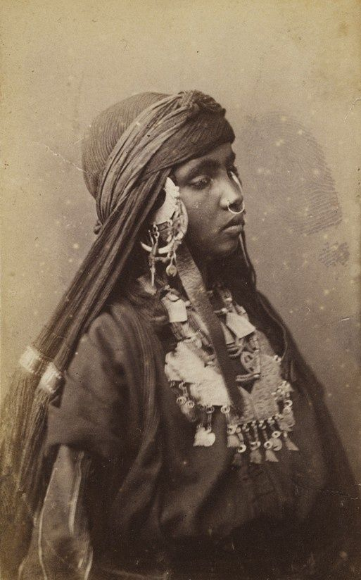 Bedouin Beautiful Woman Pin by Na El on ღೋ...
