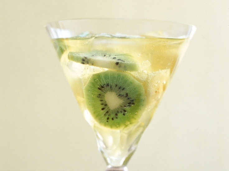 New Zealand Kiwi Sangria Recipe — Dishmaps