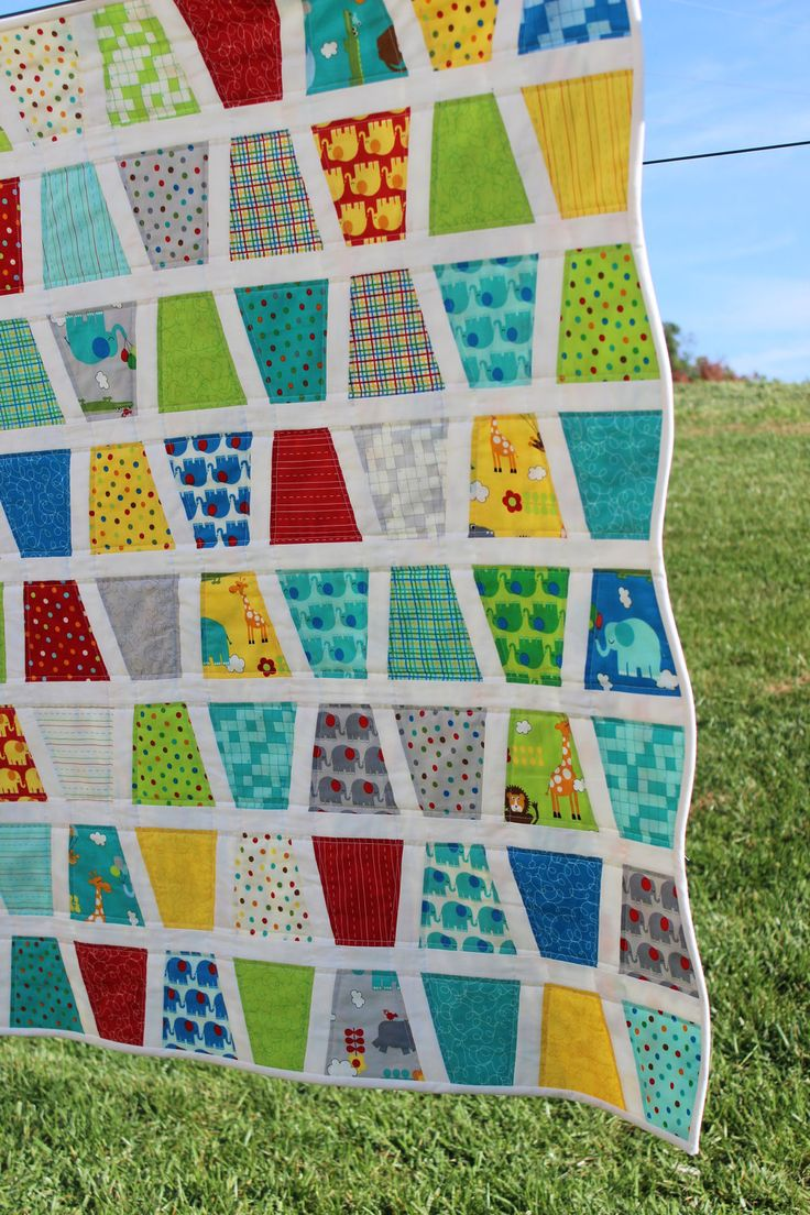 Baby boy quilt tumbler quilt moda 39 s bungle jungle for Quilt material for boys