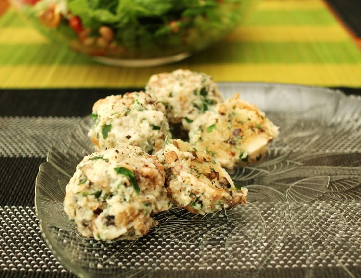 Semmel Knödeln: German Bread Dumplings | Food and Drink | Pinterest