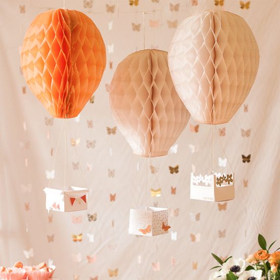 Make these fanciful hot air balloons to delight every party guest.