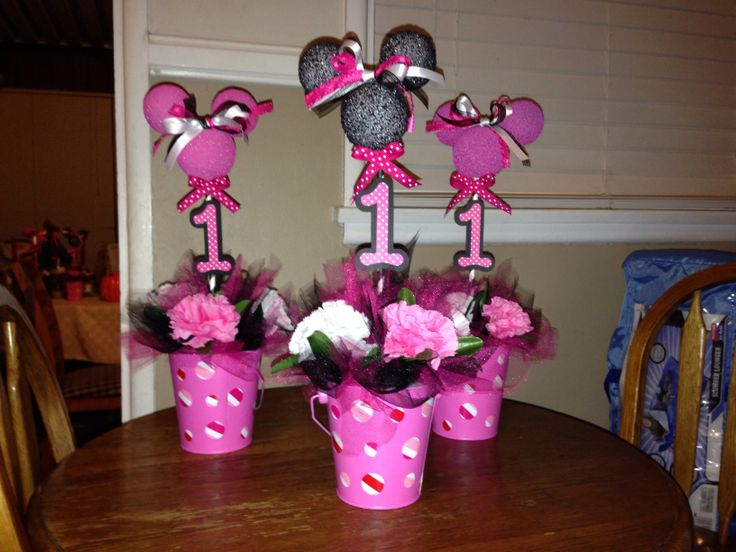 Minnie Mouse first birthday centerpieces | Minnie Mouse | Pinterest