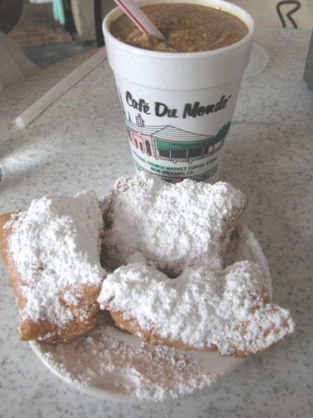 Beignets - Cafe Du Monde | Food | Pinterest