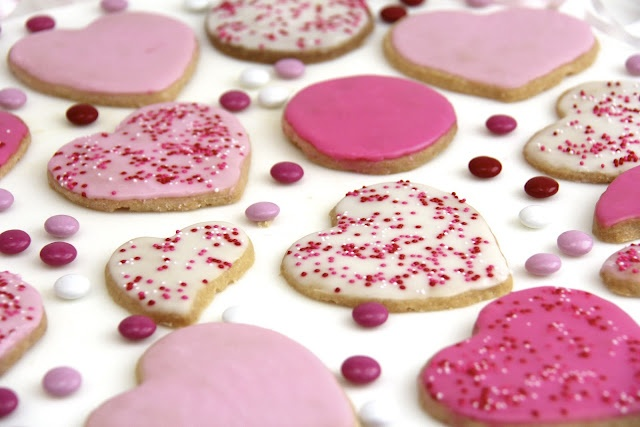 Valentine Shortbread Cookies by The Cafe Sucre Farine