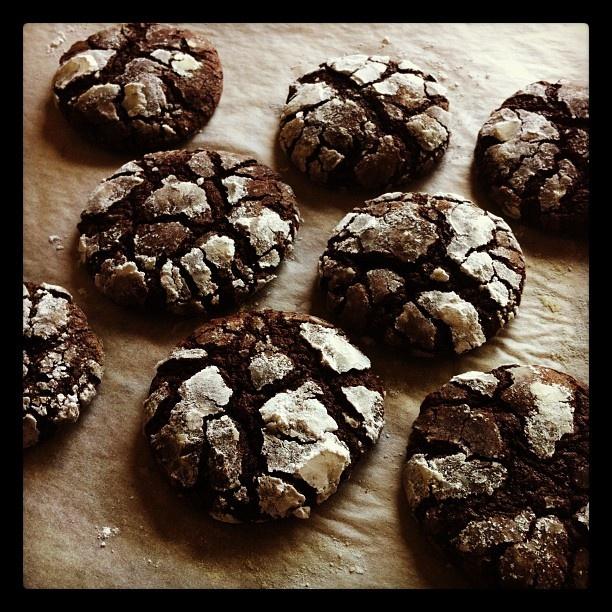 Chocolate crackle cookies | Dessert | Pinterest