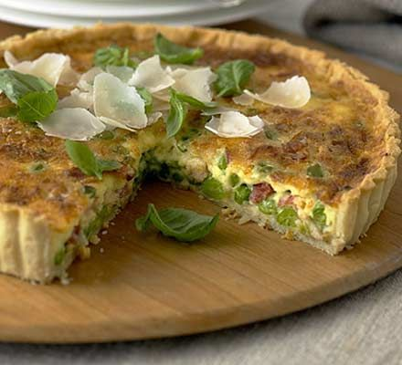 Basil, pea & pancetta tart. I'd change it to peas, bacon and eggs!