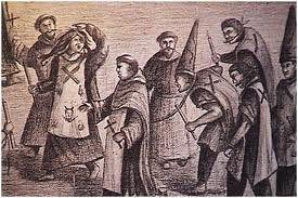 10 - En dos oportunidades tuvo que enfrentar a los tribunales de la Inquisición en Lima por sospechas de hechicería. A fines de 1564 gozaba de la reputación de astrólogo, cuando el arzobispo, como inquisidor ordinario, le inició causa de fe, encarcelándolo. Había sido delatado como nigromántico.