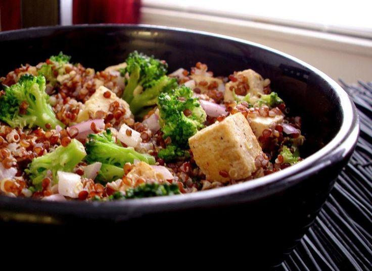 Red Quinoa & Broccoli Salad with Almond Honey Vinaigrette (red quinoa ...