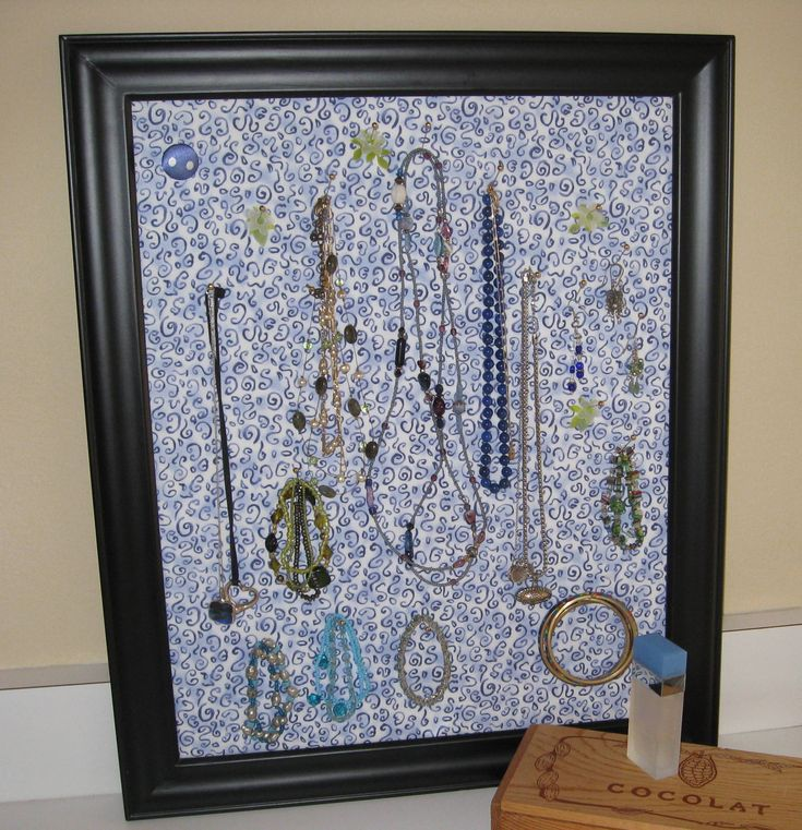 Lose your jewelry again decorating your residence hall room
