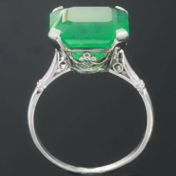 so like a ring we found on our first date love! He actually bought me one like this but it was stolen :(