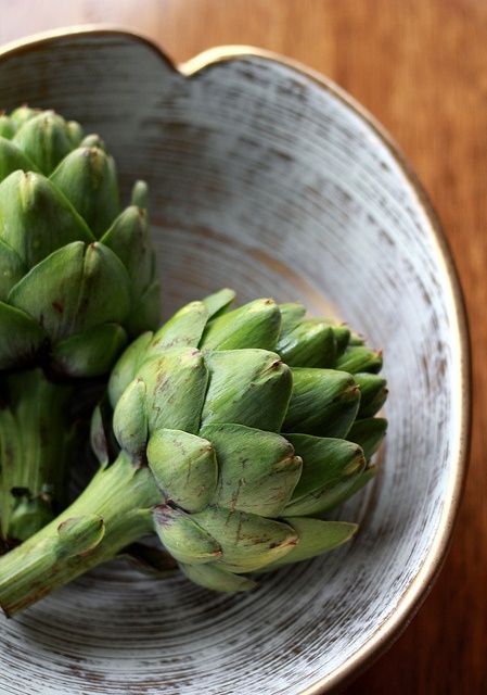 Grilled Artichokes with Lemon-Thyme Aioli
