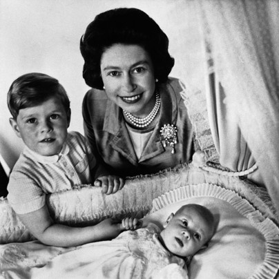 Queen Elizabeth's life through the years - The Washington Post