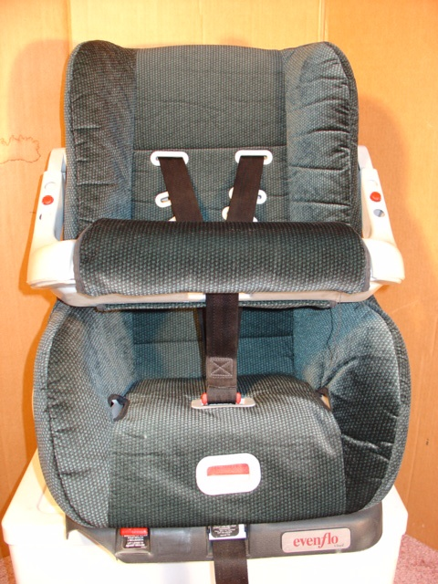 1990 baby car seats pictures to pin on pinterest pinsdaddy. Black Bedroom Furniture Sets. Home Design Ideas