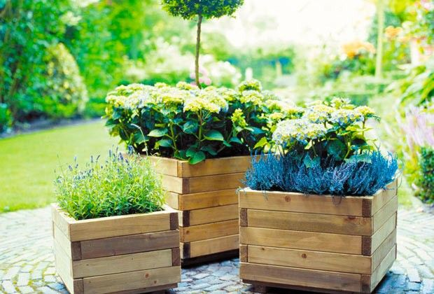 Wooden flower boxes pots planters pinterest - Wooden containers for flowers ...