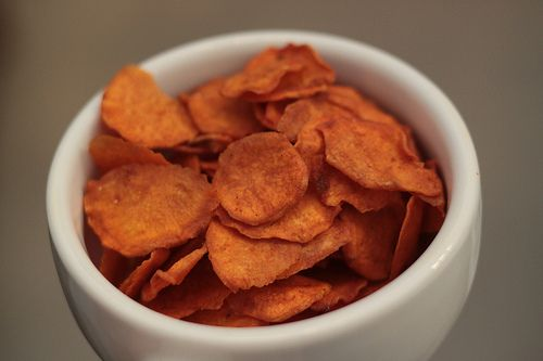 BBQ (PALEO!) sweet potato chips made in the food dehydrator. Making ...