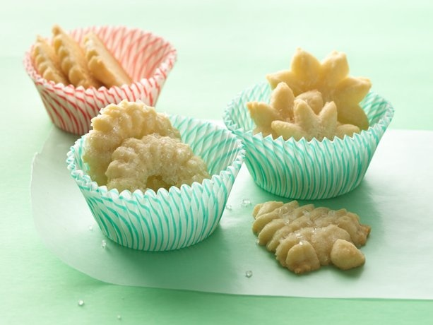 Easy Spritz Cookies You use a mix to make these but they are WONDERFUL ...