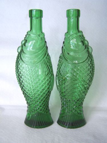 2 vintage antinori soave fish shaped wine bottles for Fish wine bottle