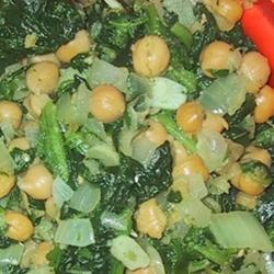 Espinacas con Garbanzos (Spinach with Garbanzo Beans) | Recipe