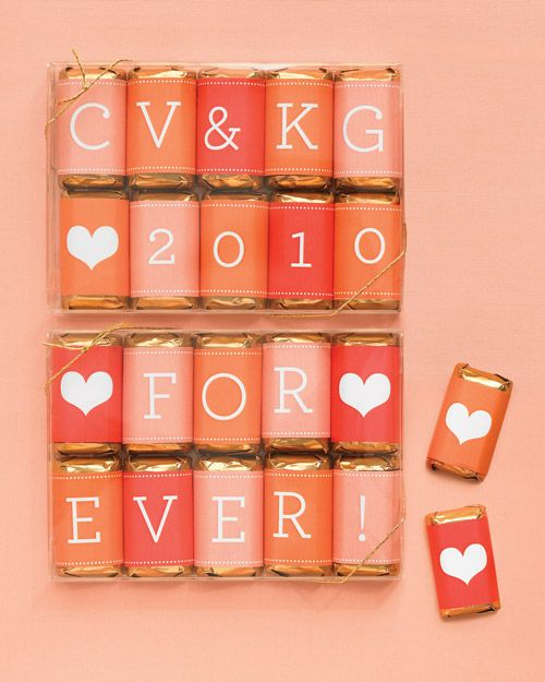 Peachy love candy bars make for wonderful personalized favors