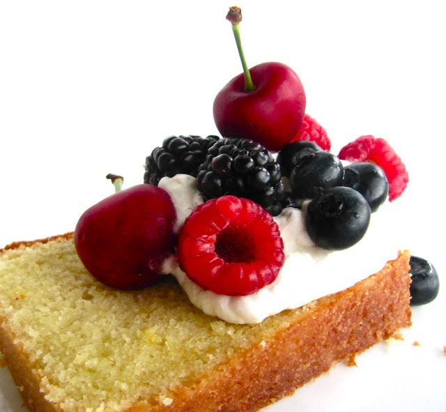 Pound Cake | Yammie's Noshery | YAMMIE'S NOSHERY RECIPES | Pinterest