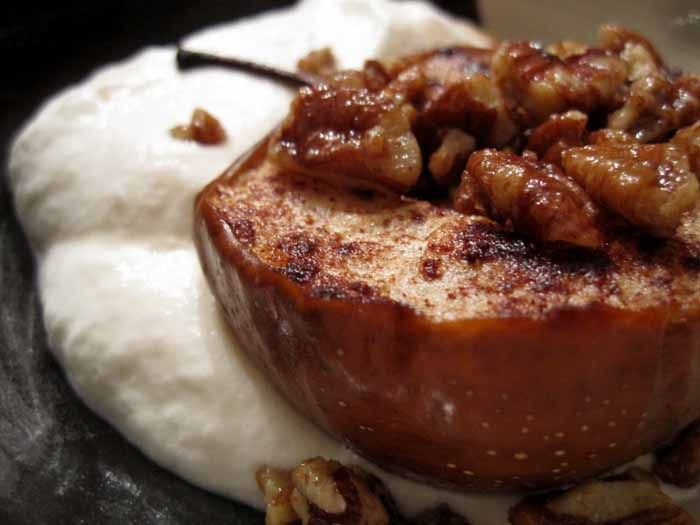 Roasted maple peacan pears | Cakes and muffins | Pinterest