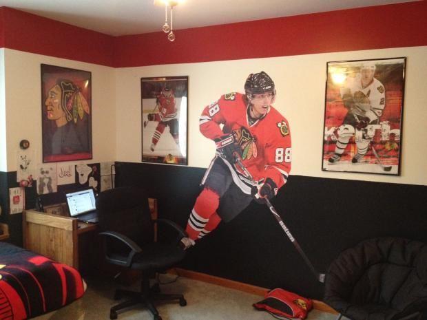 Blackhawks room google search shawn 39 s hockey bedroom for Chicago blackhawk bedroom ideas