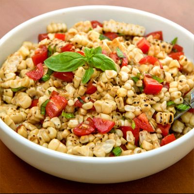 Grilled Corn, Tomatoes & Basil Salad | Food and drinks | Pinterest
