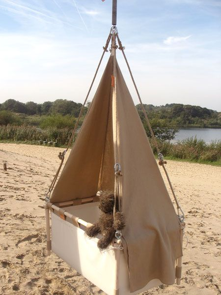 Kindeke Klein + Hanging Cradle