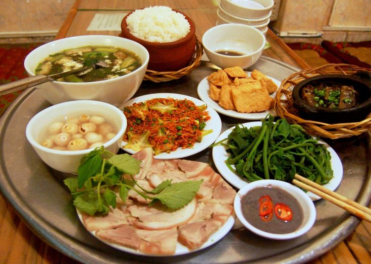 Traditional vietnamese food 3 pinterest - Authentic vietnamese cuisine ...