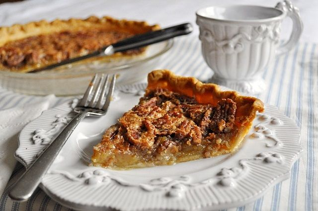 Maple Pecan Pie | Topped with Whipped Cream | Pinterest
