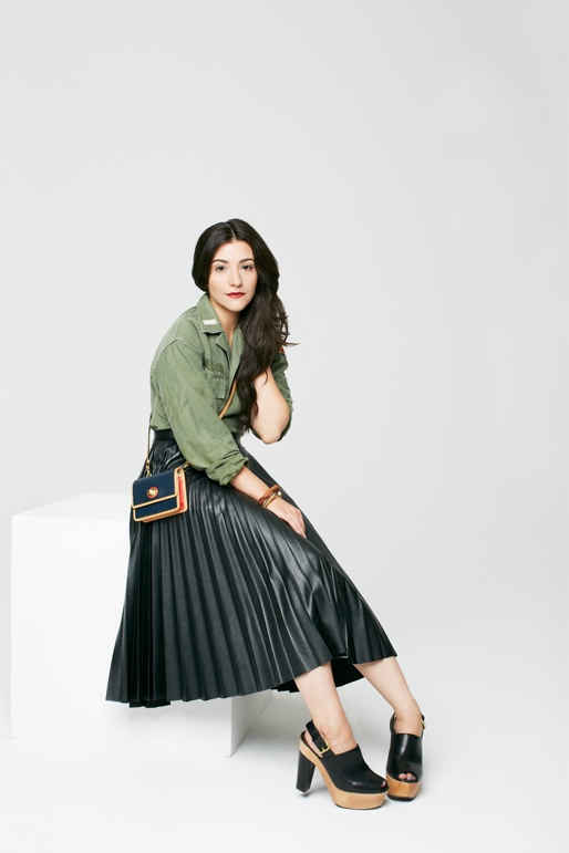 That Skirt!     Modern It Girls dress up as icons past! Photos by Kava Gorna.
