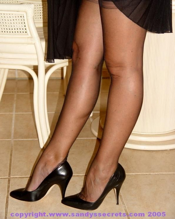 Legs & Pantyhose