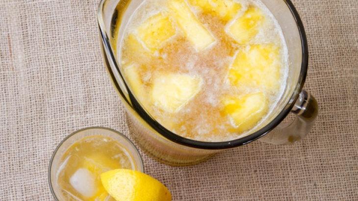 Pineapple Rum Punch Recipe   Beverages   Pinterest