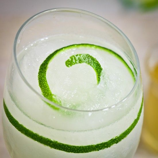 Lime Gin­ger Fizz 1–12 ounce con­tainer frozen limeade 4 cups gran ...
