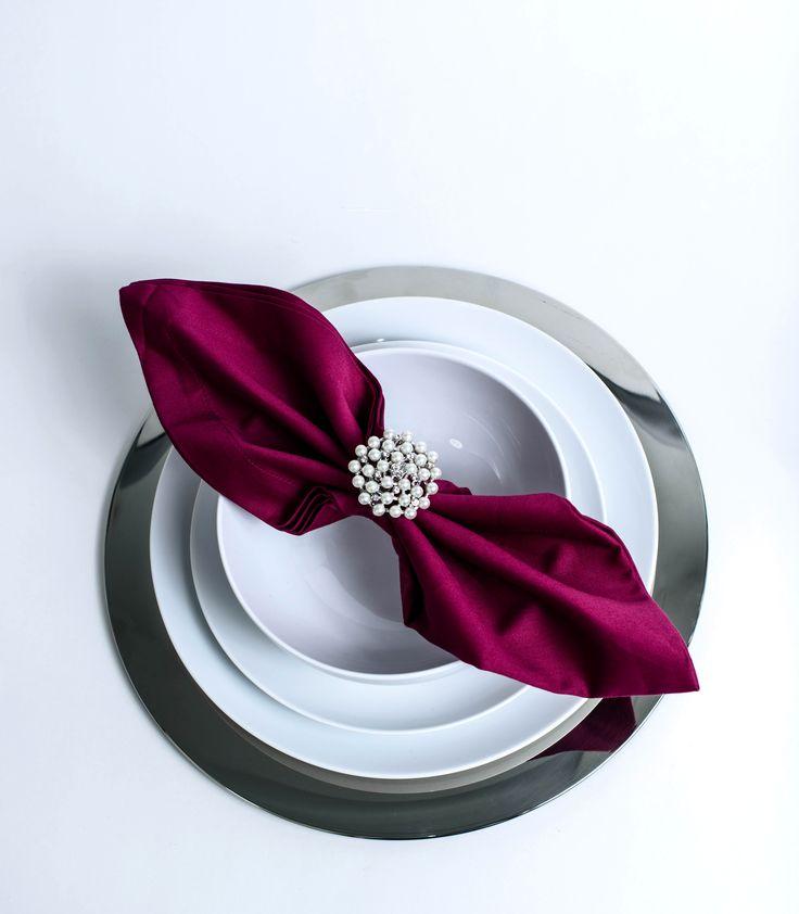 Use A Brooch As Napkin Ring Folds Pinterest