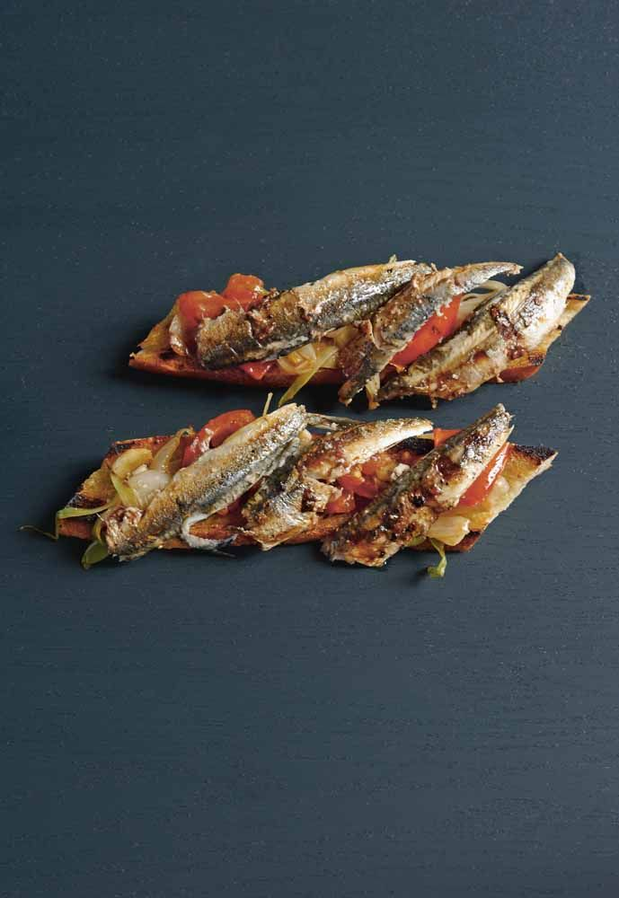 cinnam on toast grappolo anchovies on toast anchovies on toast recipe ...