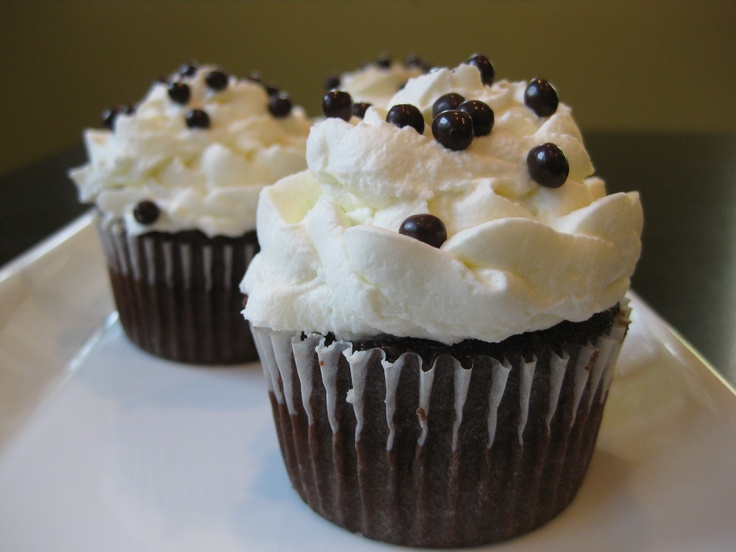 "Hershey's ""Perfectly Chocolate"" chocolate cupcakes with mascarp..."