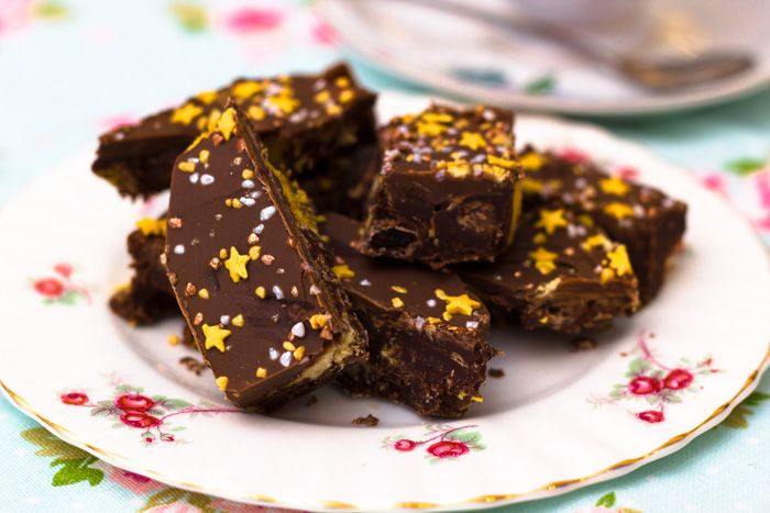 Chocolate Crunchie Tiffin Recipe   Sweet Treats*   Pinterest