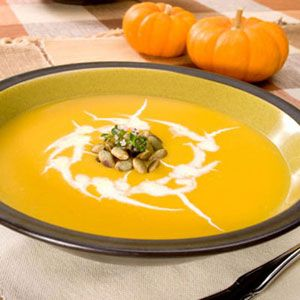 vegetarian thanksgiving cream of pumpkin soup with curried pecans