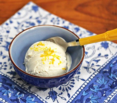 Lemon Frozen Greek Yogurt @Lydia (The Perfect Pantry)