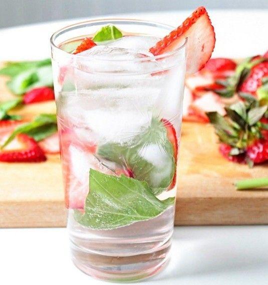 Strawberry Basil Sparkler - good drink recipes | good drink recipes