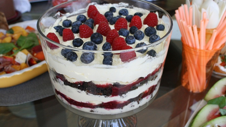 Melt-In-Your-Mouth Berry Trifle | Favorite Recipes | Pinterest