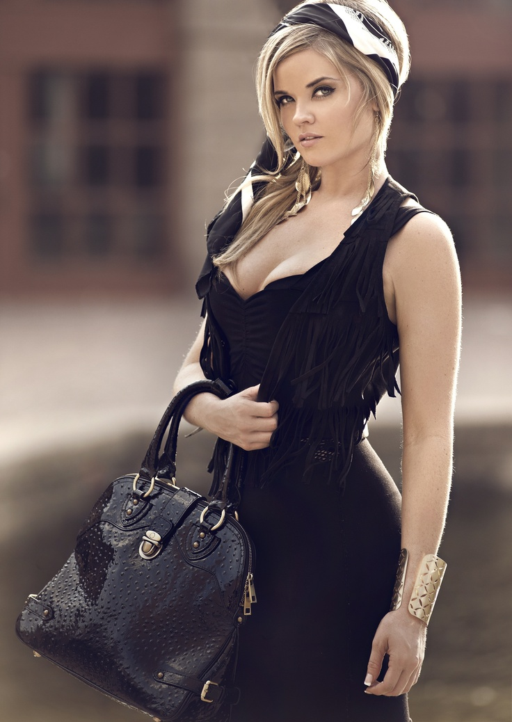 Fashion Model Lynn Dixon